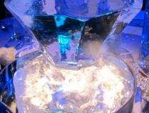Подарок из льда на 8 марта фото-1