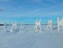 Ледяная инсталляция Хонгтао Жоу