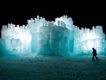 Сказочные замки изо льда для детей