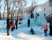 Ледяной комплекс Снежная Королева в Калуге фото-2