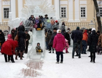 Ледяной комплекс Снежная Королева в Калуге фото-3