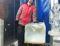Ледяной блок нестандартного размера