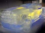 Машины для украшения праздников изо льда