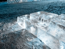 Стена из ледяных блоков - 1