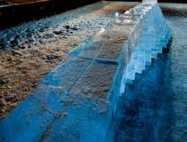 Стена из ледяных блоков - 2