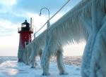 Маяки - ледяные статуи фото-6