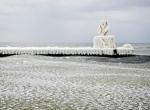 Маяки - ледяные статуи фото-14