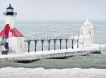 Маяки - ледяные статуи фото-16