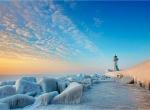 Маяки - ледяные статуи фото-3