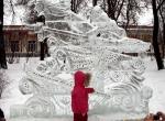 Украшение города фигурами изо льда - 1