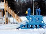 Ледяная горка на деревянной основе