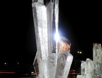 Кристалл изо льда