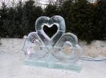 Ледяная композиция ко дню Святого Валентина
