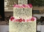 Свадебный торт изо льда