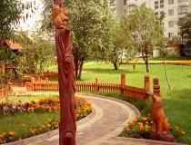 Деревянная скульптура для украшения парков