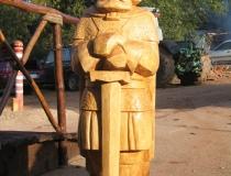 Деревянная скулптура