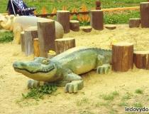 Деревянные скульптуры для детских площадок