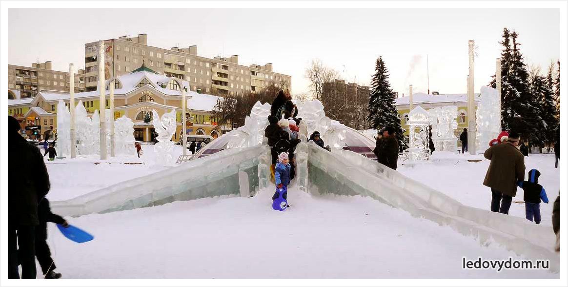 Фото ледяных горок