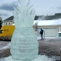Фото ледяной скульптуры Ананаса