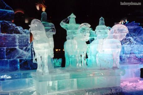 Фигуры изо льда - Три богатыря