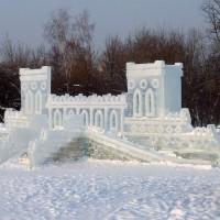Фото построек изо льда в парке Царицыно