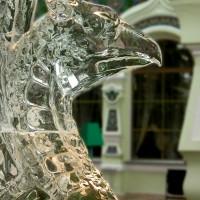 Фрагмент ледяной фигуры Грифон