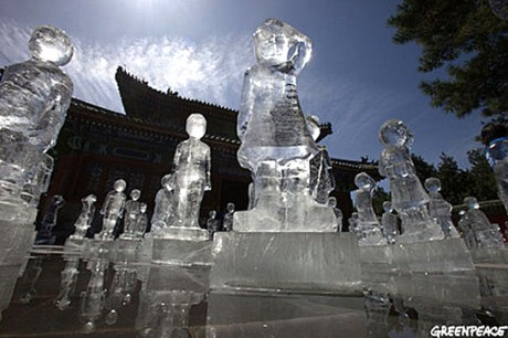 100 ледяных фигур детей