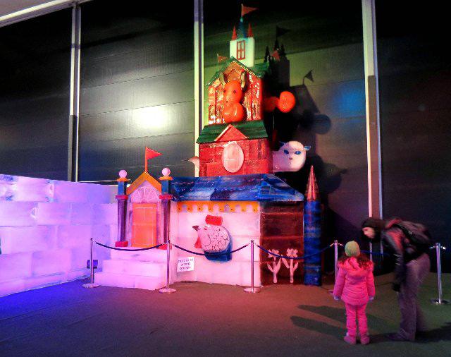 Ледяной замок для детей