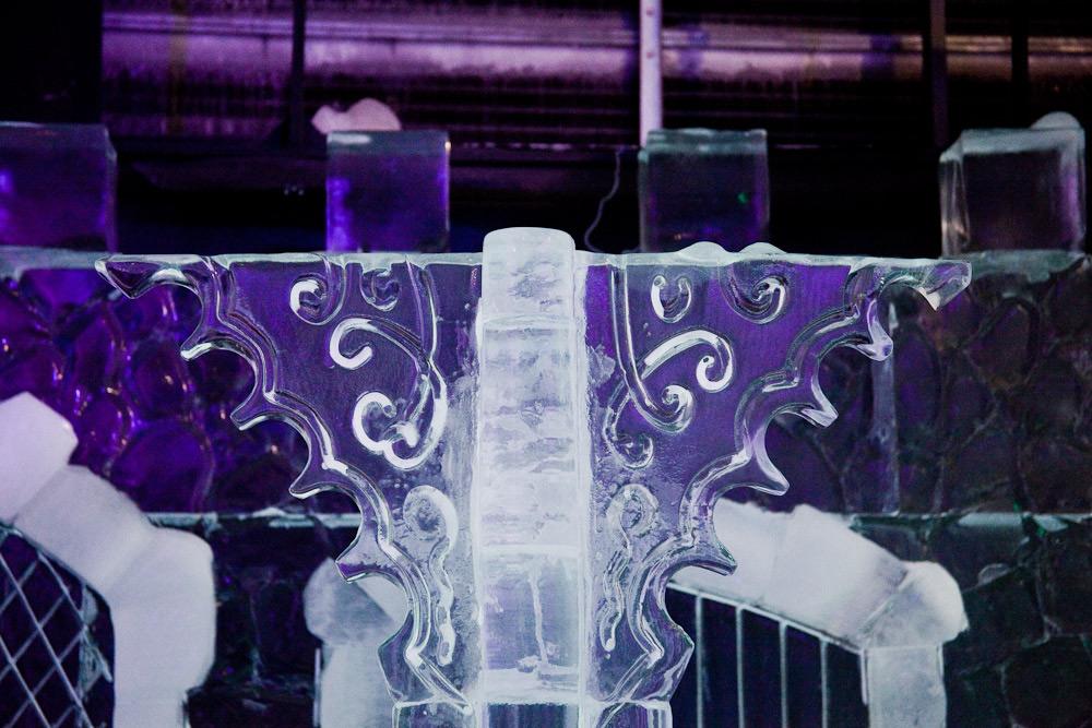 Фрагмент ледяного замка на фото