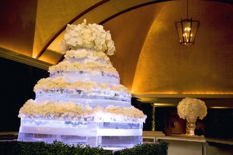 Свадебная ледяная скульптура