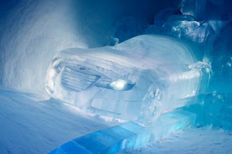 Машины изо льда