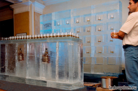 Ледяной бар Chivas Regal