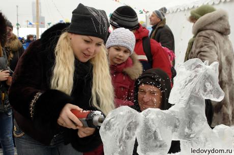 Мастер-класс по ледяным скульптурам на Масленицу
