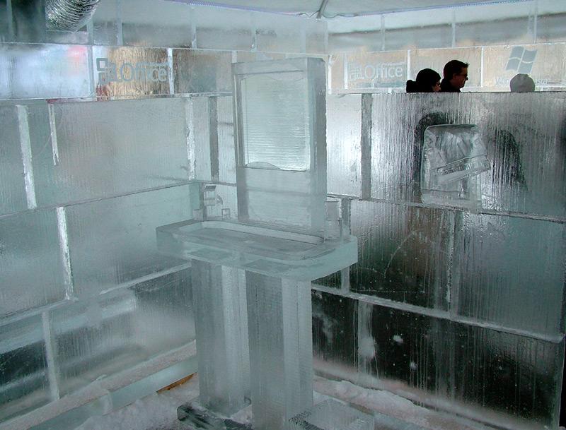 Умывальник изо льда