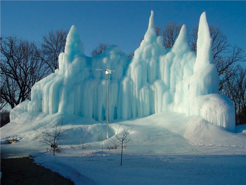 Замки изо льда Роджера Хэнсона