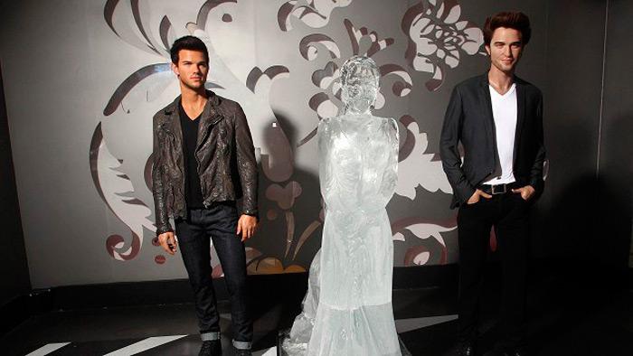 Ледяная скульптура Кирстен Стюарт