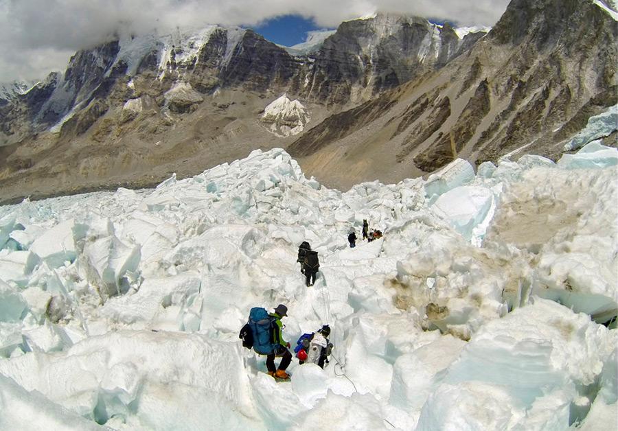 Скорость движения льда 1 метр в день