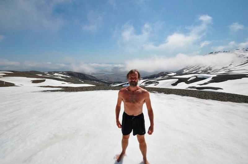 Подъем на Эверест не сложился из-за травмы ноги