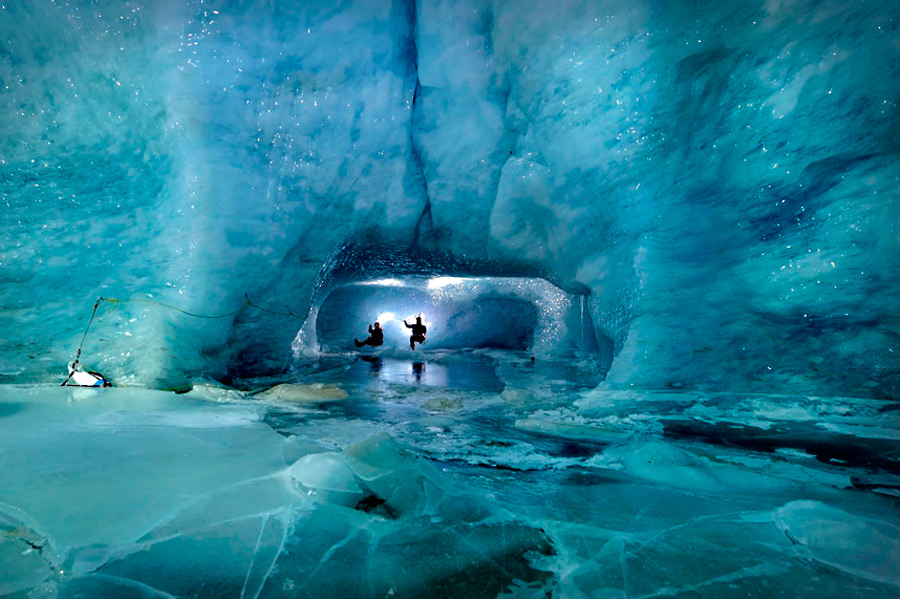 Пещеры ледника Горнера