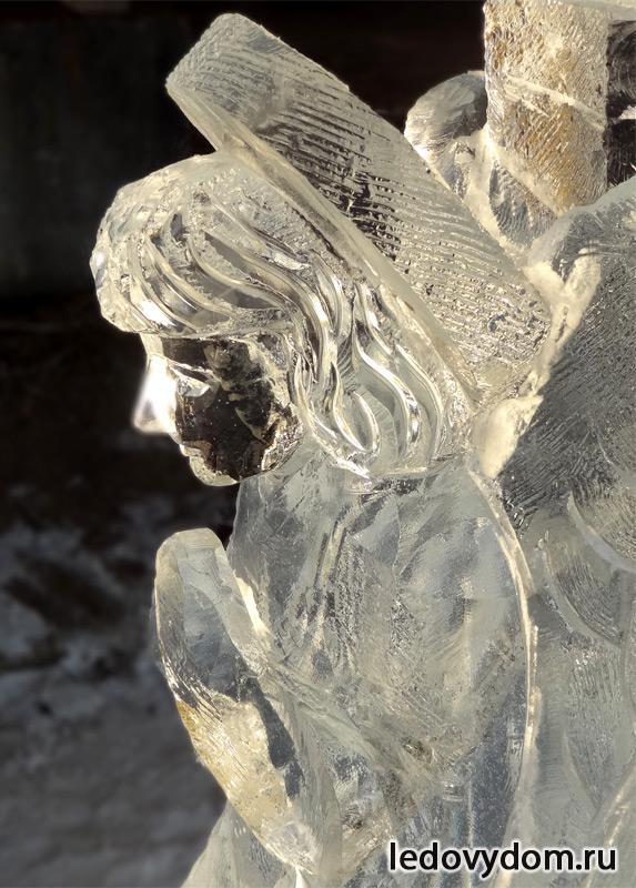 Ледяная скульптура Ангел