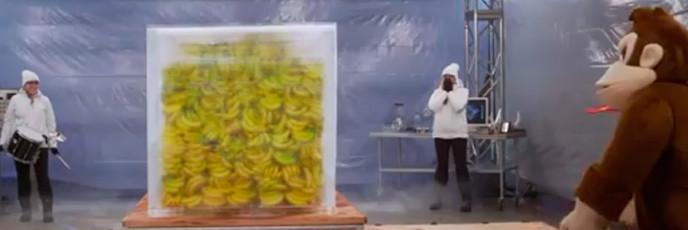 Ледяной блок с бананами от Нинтендо