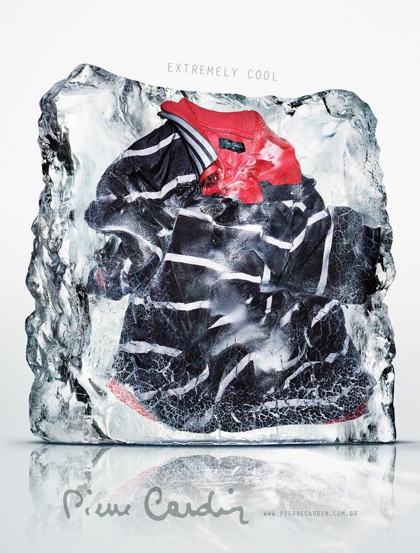Футболка в ледяном блоке