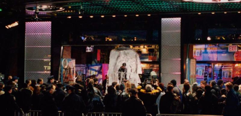 "Таймс-сквер, шоу ""Замороженный во времени"""