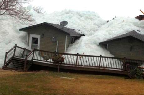 Ползущий лед в Миннесоте