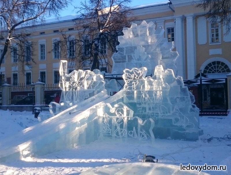 Замок Снежной Королевы в Калуге