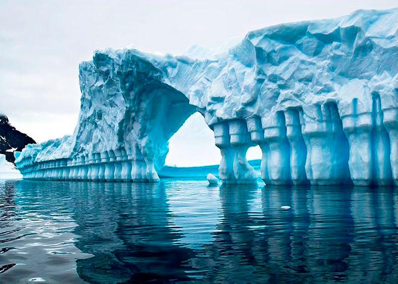 Ледяная колоннада