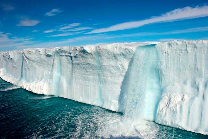Водопады на ледниках