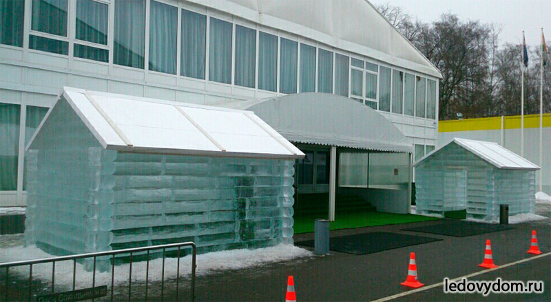 Ледяные домики в Сокольниках