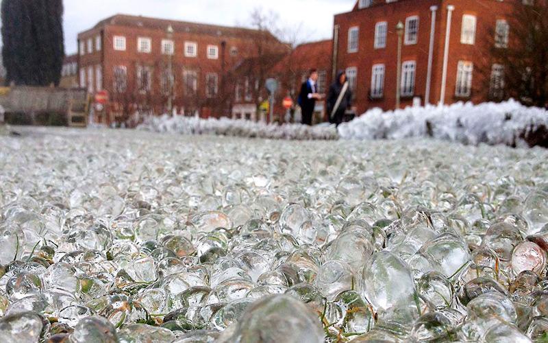 Ледяной гравий