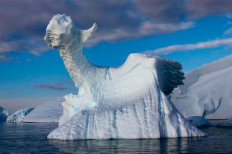 Ледяные скульптуры в природе